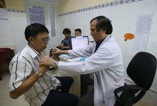 Thanh toán trực tiếp chi phí khám chữa bệnh theo mức lương mới