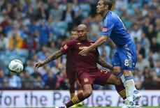 """HLV Mancini tống """"đồ tể"""" de Jong khỏi Man City"""