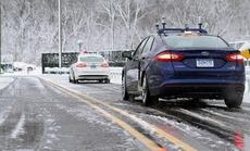 10 vật dụng cần có trên ôtô vào mùa đông