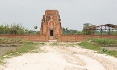 Đến thăm tháp cổ Chót Mạt