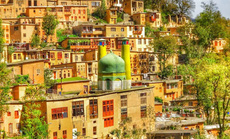 Kỳ lạ ngôi làng không mái ngói ở Iran