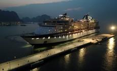 Tàu 5 sao cập cảng tàu khách quốc tế Hạ Long