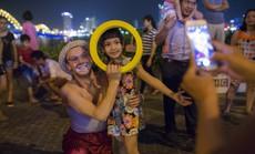 Diễu hành nghệ thuật carnaval đường phố Đà Nẵng: Đưa cầu lên phố