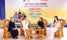 Nam A Bank mang học bổng đến học sinh dân tộc thiểu số tỉnh Cao Bằng
