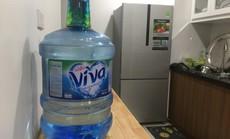 """Ngăn chặn """"chặt chém"""" giá nước đóng chai ở Hà Nội sau vụ nước sông Đà nhiễm dầu"""