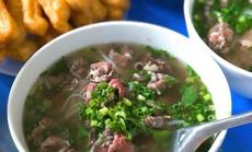 Đi tìm 5 quán phở đông khách bậc nhất ở Hà Nội