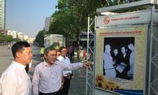 """Khai mạc triển lãm """"Đồng bào các dân tộc"""" tại đường đi bộ Nguyễn Huệ"""