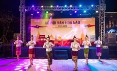 Du khách FLC Sầm Sơn mãn nhãn với đêm Lễ hội Văn hóa Lào