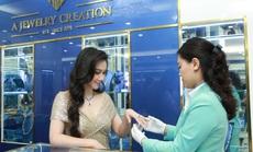 AJC khai trương Trung tâm Vàng bạc Đá quý Thời trang 98 Phố Huế