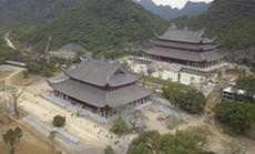 Ngôi chùa lớn nhất thế giới ở Hà Nam đón hàng vạn lượt khách