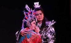 """""""Chung Vô Diệm"""" cháy vé, Chí Linh – Vân Hà hào hứng dựng tuồng mới"""