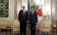 Đến Nhật Bản, ông Trump gây áp lực cắt giảm thặng dư thương mại
