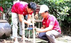 Gắn đồng hồ nước miễn phí cho các hộ gia đình khó khăn tại Cần Giờ