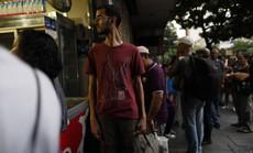 Venezuela đen như mực, đổ lỗi cho tấn công điện từ
