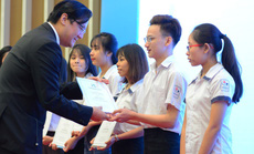 Quỹ Lawrence S. Ting và Công ty Phú Mỹ Hưng trao học bổng gần 8,5 tỉ đồng