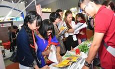 Chen nhau mua tour giá rẻ tại Hội chợ Du lịch quốc tế TP HCM