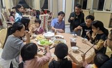 Chạy lũ, hàng trăm người dân được ăn, ở miễn phí tại khách sạn