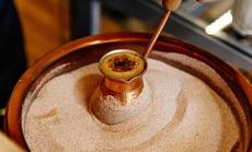 Món cà phê đun trong cát nóng 400 độ C