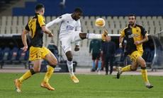 Leicester thắng dễ ở Hy Lạp, Arsenal đại phá láng giềng Dundalk