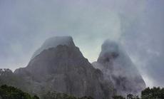 Lên Chư Mư ngắm Vọng Phu mờ sương