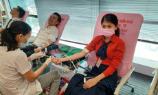 Sacombank chia sẻ trái tim - giọt máu cho đi nhiều cuộc đời ở lại