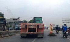 Va chạm xe tải, người phụ nữ đi xe máy tử vong tại chỗ