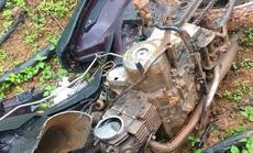 Nhóm lâm tặc đập nát xe máy của tổ bảo vệ rừng để dằn mặt