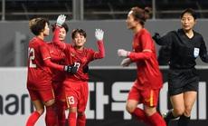 """HLV Mai Đức Chung: """"Nếu thi đấu bằng tinh thần, tuyển nữ phải vô địch thế giới!"""""""