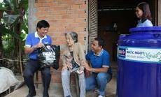 BIDV trao tặng 13.300 bồn chứa nước và 39 máy lọc nước ủng hộ người dân ĐBSCL