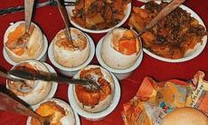 Về Ninh Bình thưởng thức trứng vịt lộn nướng cực kỳ ngon, bổ rẻ