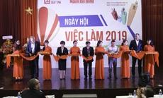 """Ngày hội việc làm thường niên tại Đại học Duy Tân: Cơ hội """"vàng"""" dành cho sinh viên"""