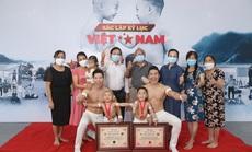 Hai đứa bé 3 tuổi lập kỷ lục Guinness Việt Nam