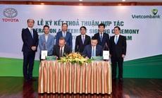 Vietcombank và Toyota Motor Việt Nam hợp tác tài trợ đại lý