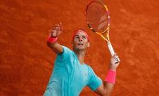 """Clip """"Vua"""" Rafael Nadal, """"Hoàng tử"""" Dominic Thiem thắng dễ trận ra quân Roland Garros"""