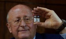 """Nhà khoa học Nga chia sẻ thông tin nghiên cứu vắc-xin giữa """"thời chiến"""""""