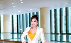 Ngỡ ngàng với chiếc đồng hồ nửa tỉ đồng của hoa hậu Di Khả Hân