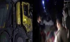 Đang nằm ngủ, 15 người Ấn Độ bị xe ben cán chết