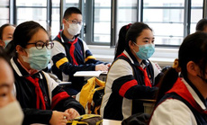Trung Quốc tranh cãi nảy lửa về đề xuất bỏ học tiếng Anh