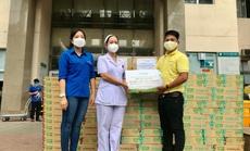 Vinasoy tặng 50.000 hộp sữa Fami cho nữ y bác sĩ tuyến đầu chống dịch