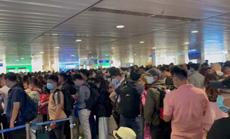Tăng cường giải toả hành khách ở sân bay Tân Sơn Nhất