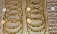 Giá vàng chiều 20-4: Vàng trang sức tăng 1,8 triệu đồng/lượng sau 7 ngày