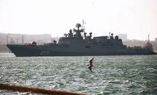 Biên giới Nga - Ukraine cực nóng, Nga ra lệnh hạn chế bay gần Crimea