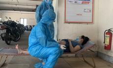 Xúc động hình ảnh thai phụ phải khám bệnh ngay nhà để xe của khu phong tỏa tại Đà Nẵng