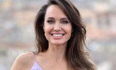 Angelina Jolie độc thân vì kén chọn người yêu