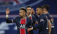 """""""Song sát"""" Neymar - Mbappe lập công, PSG áp sát ngôi đầu bảng Ligue 1"""