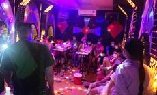 """Bắt quả tang 13 nam nữ """"bay lắc"""" trong quán karaoke giữa dịch Covid-19"""