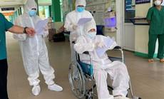 Đà Nẵng: Nữ bệnh nhân 81 tuổi mắc Covid-19 từng thở máy, lọc máu phục hồi ngoạn mục