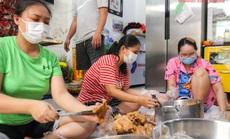 """""""Khi nào Bệnh viện Bệnh Nhiệt đới TP HCM gỡ phong tỏa, gia đình tôi mới ngừng nấu cơm"""""""