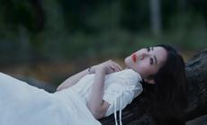 """Phùng Khánh Linh """"chỉ buồn hôm nay"""" sau 1 đêm thức trắng"""