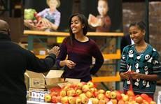 Tổng thống Barack Obama dạy con gái cách chọn người yêu